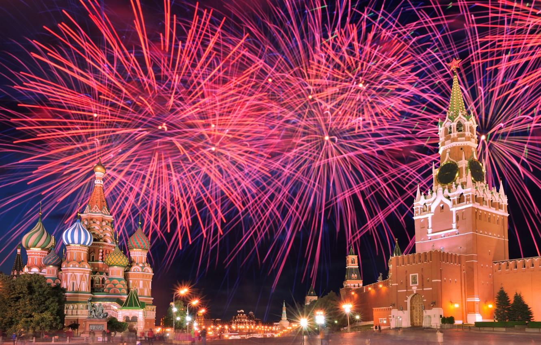 10 топ мест куда сходить в Москве на новогодние праздники